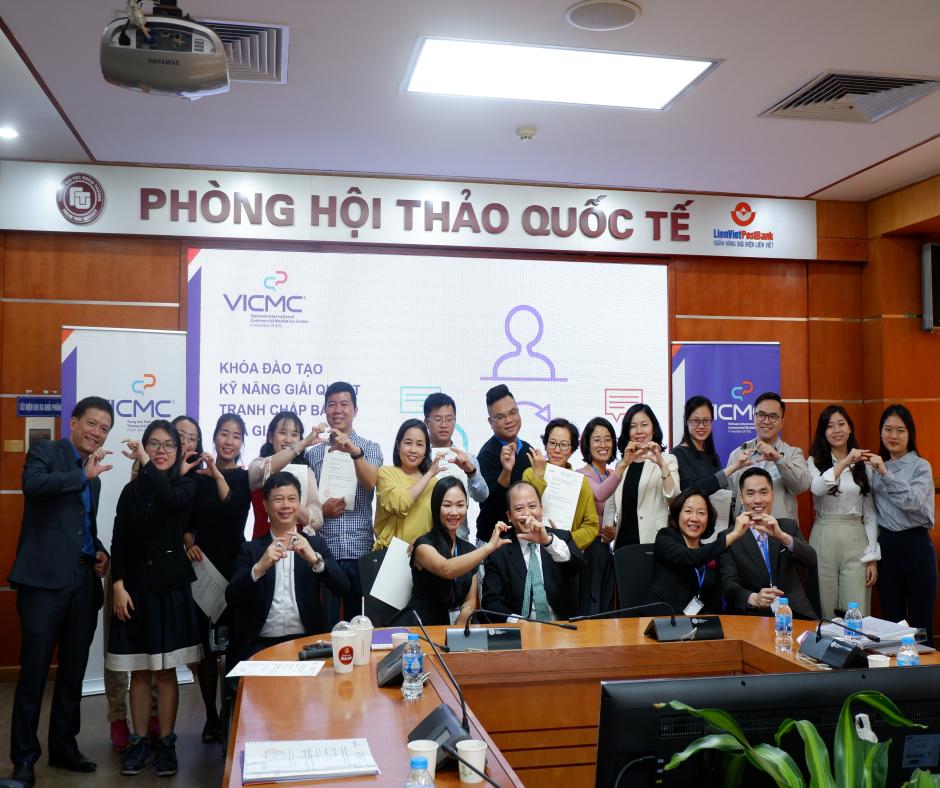 Khóa Kỹ năng giải quyết tranh chấp bằng hòa giải tháng 12/2020 tại Hà Nội